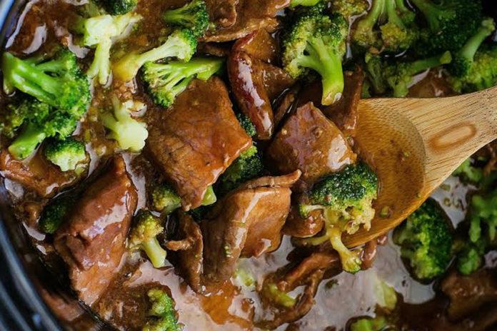 Crock-Pot-Beef-&-Broccoli