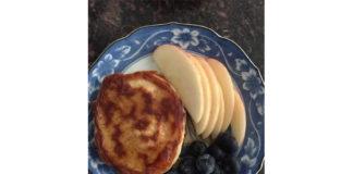 apple-oatmeal-pancakes