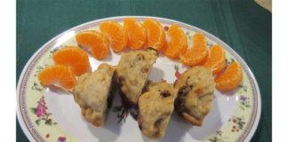 low-sodium-applesauce-raisin-muffins