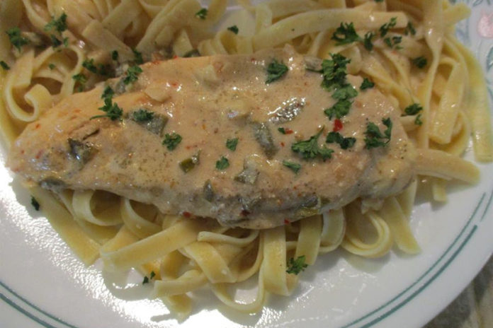 one-skillet-chicken-lemon-garlic-cream-sauce-2