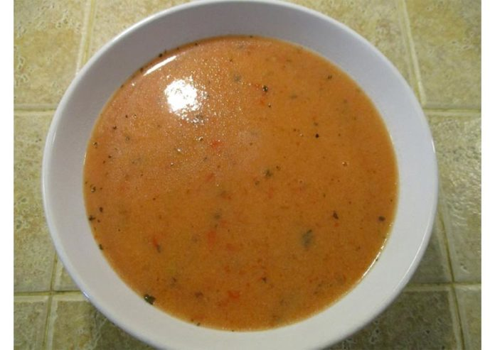 creamy-low-sodium-tomato-red-pepper-soup