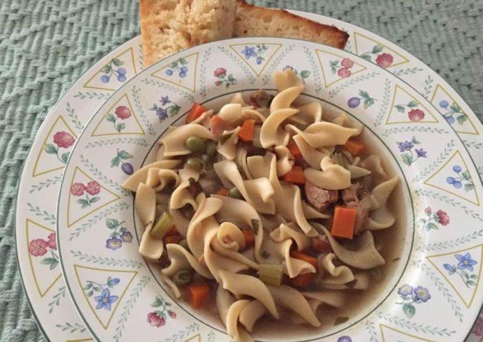 slow-cooker-turkey-noodle-soup