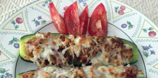 Air-Fryer-Pepperoni-Zucchini-Boats