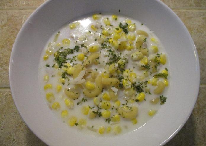 Chicken,-Corn-&-Macaroni-Soup