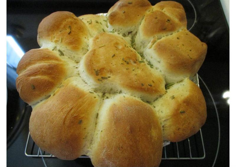 Rosemary Pull Apart Bread Machine Oven Recipe Skip The Salt Low Sodium Recipes